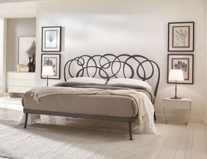 Daniel cama, Cama doble en hierro dibujado plana, alambre de soldadura