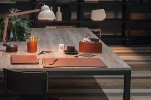 Brando 5pz, Elegante colección de accesorios de escritorio de cuero regenerado