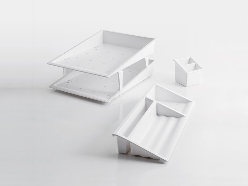 Desk up white, Accesorios de escritorio en polímero
