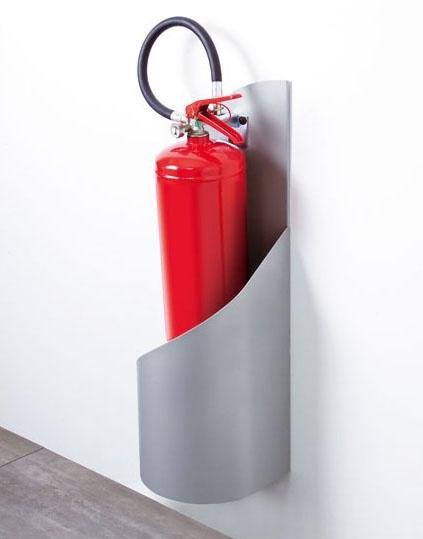 Grisù, Extintor de pie en acero galvanizado y pintado