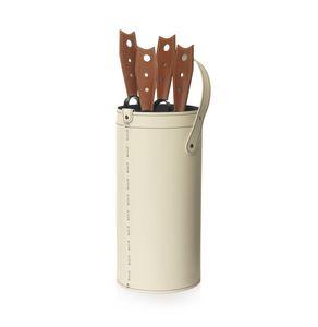 Cinta, Caja de herramientas en cuero aglomerado, con fondo en madera contrachapada