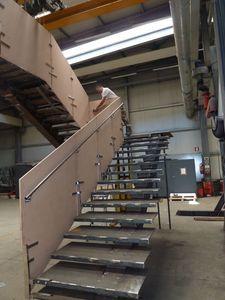 Escalera, Escaleras para interiores y exteriores