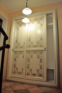 Art. 2304 Karina, Armario con puertas correderas, de estilo cl�sico contempor�neo