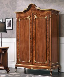 Art. 3100, Armario con dos puertas, en estilo clásico.