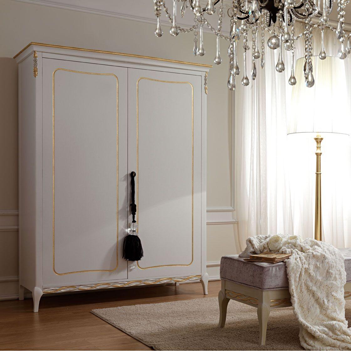 Armario para el dormitorio de estilo clsico en madera for Armarios clasicos dormitorio