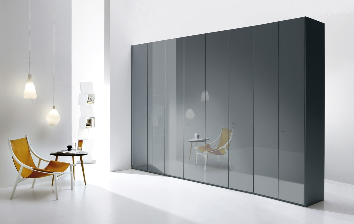 ATLANTE SEVENTY comp.01, Sistema de armarios en diferentes dimensiones y versiones