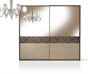 ST 716/S, Armario con puertas de nogal recubiertas con espejo