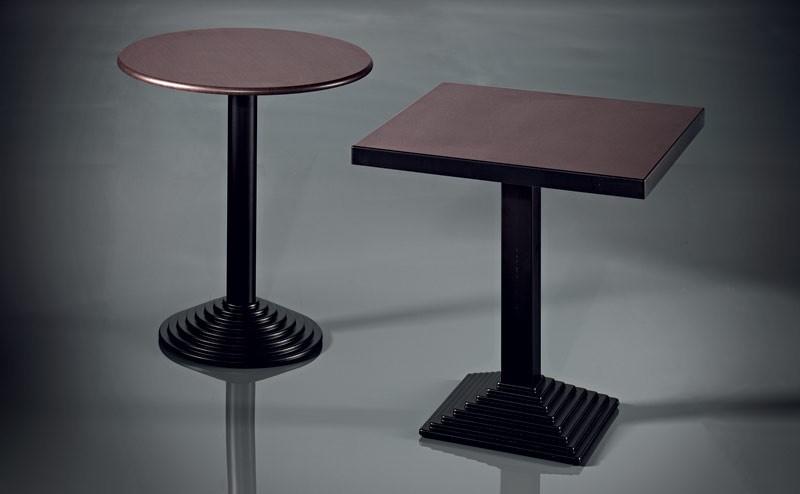 ART. 183, Base de metal cromado, diferentes acabados, para Cafeterías