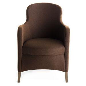 Euforia 00135, Sillón de hidromasaje, de madera maciza, asiento y respaldo tapizados, cubierta de tela, estilo moderno
