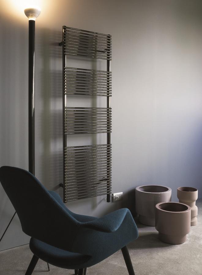 Bath 14, Radiador para el baño, disponible en varios colores