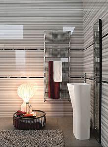 Bath curvo, Del radiador cromada para cuartos de baño
