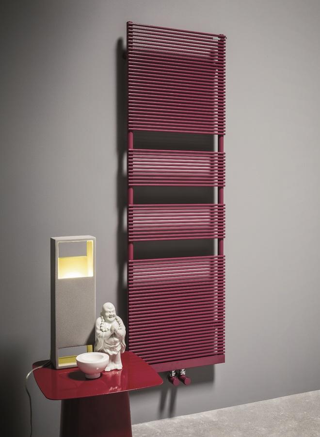 Color X, Calentador de toallas en acero al carbono, varios colores