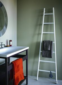 Scaletta, Radiador de forma Escaleras, con fuente de alimentación eléctrica