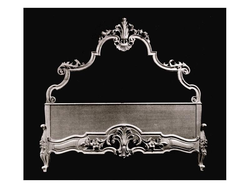 Bed art. 75/b, Cama de estilo clásico con cabecera y el pie de madera