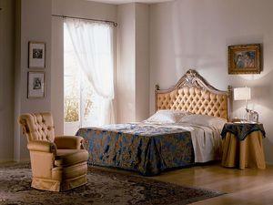 Cimabue bed, Cama tallada, acolchado, pan de oro, para los dormitorios clásicos