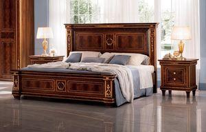 Modigliani cama, Cama clásica, en madera con adornos dorados.