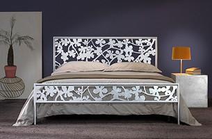 Flower Double Bed, Cama doble de hierro con decoraciones de corte láser floral