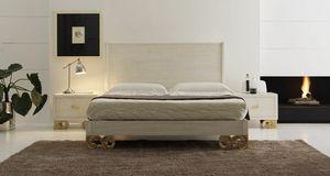 Allegra cama pie tallado, Cama de madera arenada