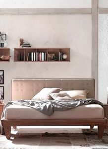 Glam, Cama de madera, con cabecero tapizado