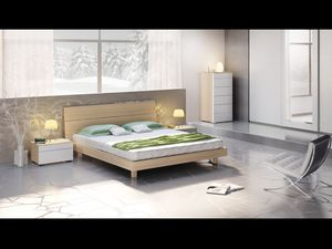 Cama Design 01, Cama con cabecera y somier de madera, estilo moderno.