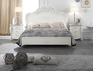 Viola cama, Cama elegante tallada