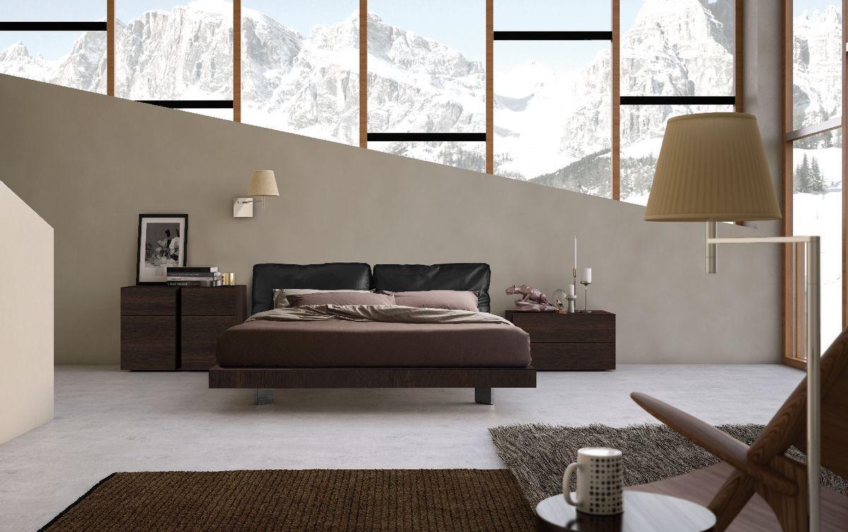 Cama tapizada, cabecera de cuero, dormitorio del hotel | IDFdesign