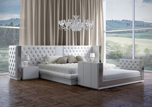 Impero cama, Cama con un lujoso cabecero copetudo.