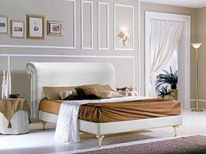 PRINCIPE cama, Cama con cabecera tapizada y estructura