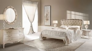 Rose cama, Cama doble en madera tallada, rellenado, acolchado