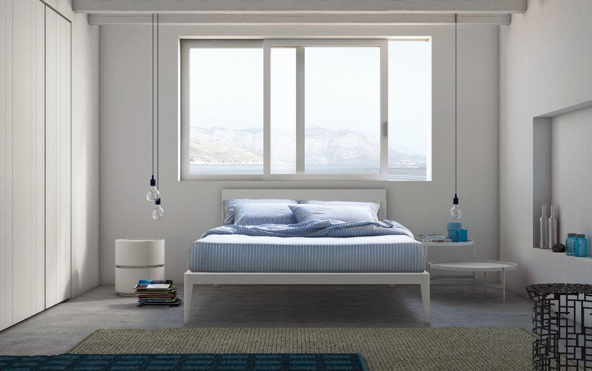 Spillo bed, Camas de madera con líneas esbeltas, de hoteles y habitaciones