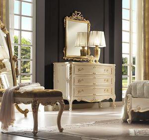 R45 / cómoda, Cómoda con armoniosa elegancia
