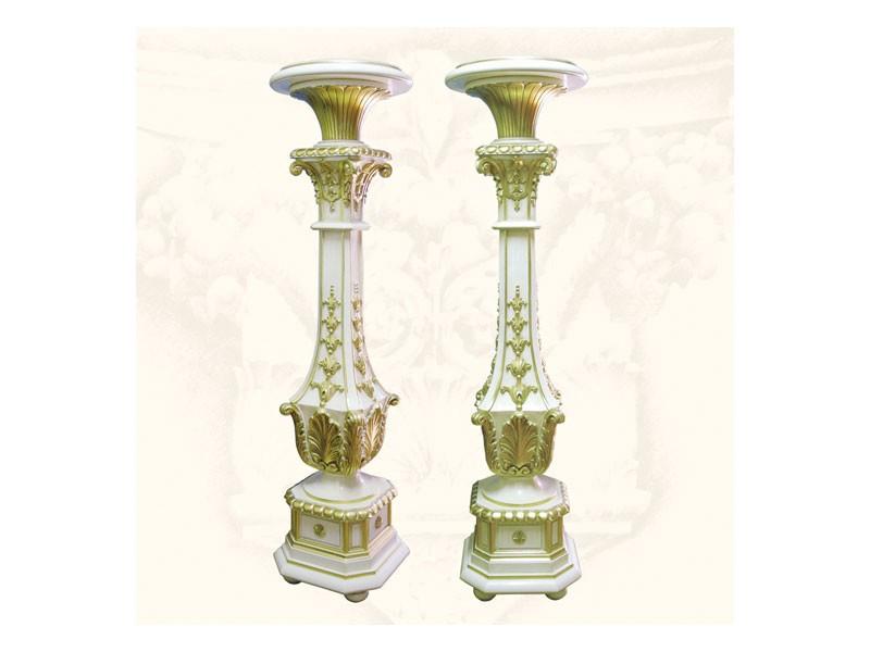 Columns art. 314, Columnas de madera tallada a mano, acabados en oro y marfil