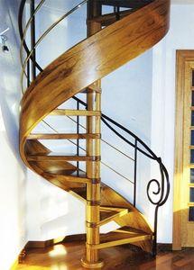 escaleras de caracol, Escaleras de caracol, líneas armoniosas, en materiales mixtos