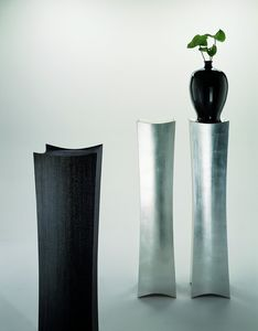 2109 Cham, Elegante soporte de columna