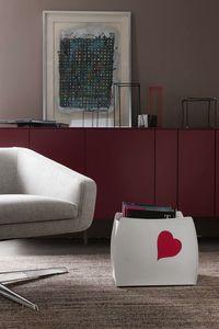 Beatrice, Porta-revistas con decoración en forma de corazón