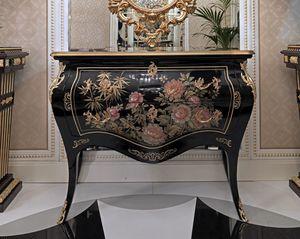 ART. 3011, Trumeau con decoraciones pintadas a mano.