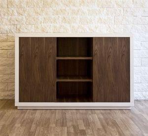 Art. 1506 Petra, Aparador de madera lacada, con estantes de madera de nogal móviles