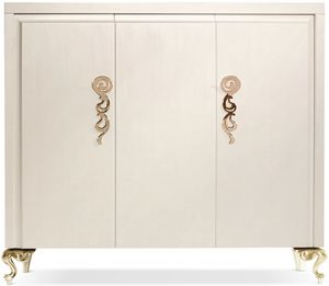 George cabinet, Armario de madera con tres puertas