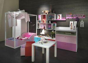 Kids K2012, Dormitorio de niña con cama con dosel.
