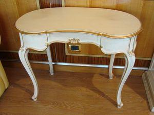 Art. 402, Mesa de escritorio en forma de frijol, para los dormitorios clásicos