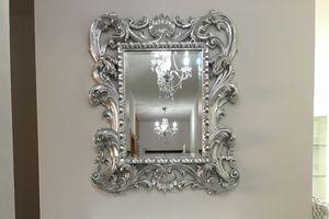 Loto pequeño, Espejo clásico con marco de acabados en pan de oro