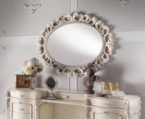 Chippendale espejo ovalado lacado, Espejo con marco finamente tallado