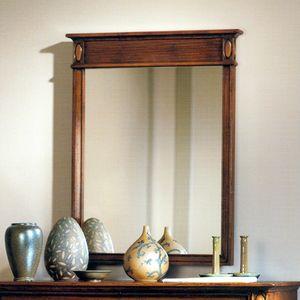 Etretat VS.0239, Espejo de pared de nogal con banda acanalada en la parte superior