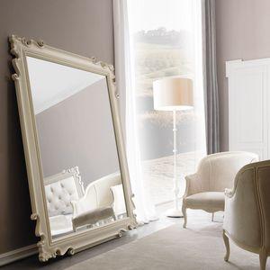 Juliette Art. 379, Espejo con marco tallado