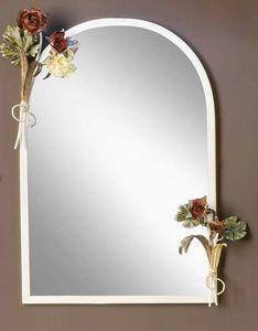SP.8055, Espejo con marco con decoraciones florales