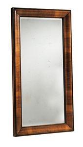 Warhol RA.0834, Espejo con marco en forma de nuez con la carpeta en madera de nogal y patinado espejo de 4 mm