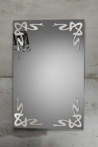 DECO MIRROR, Espejo con decoraciones