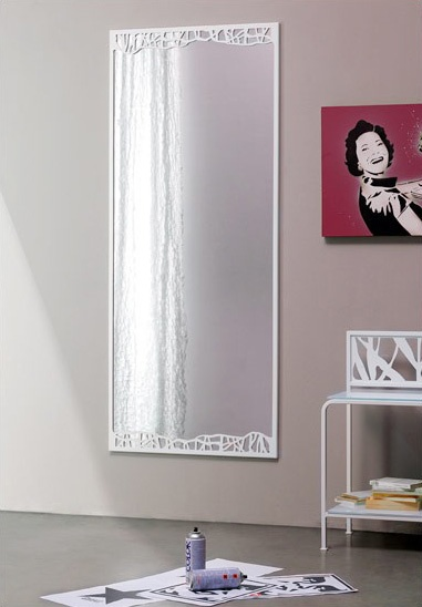 Green Mirror, Espejo decorativo con marco de metal fino