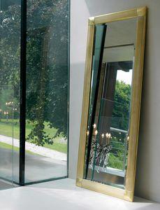 Greta 212, Espejo con marco de madera