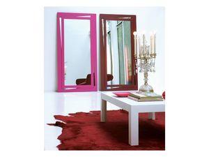Vanessa, Espejo rectangular con marco lacado